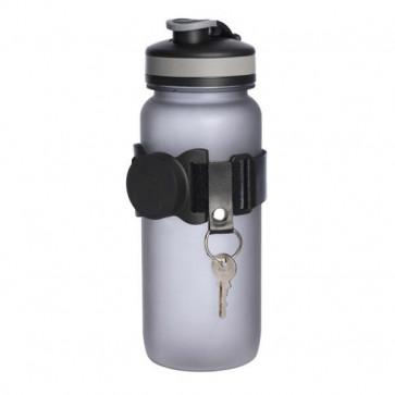 Smarthold keyhanger system med magnetisk holdefunktion til drikkeflaske